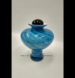 Urne en verre soufflé dans les teintes de bleu clair - Modèle FV02