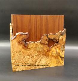 Urne en érable faite à la main - lignes courbes et loupe sombre (grande) - Modèle L'Éclisse 01