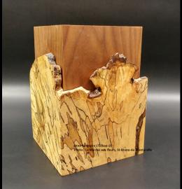 Urne en érable faite à la main - veines tachetées et régulières (petite) - Modèle L'Éclisse 03